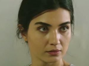 Kara Para Aşk 47. bölümde Elif'i şüphelendiren olay -Video Haber-