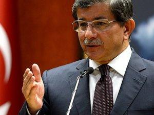 Başbakan Ahmet Davutoğlu: Muhalefet, cumhurbaşkanını seçim kampanyasının içine çekmeye çalışıyor