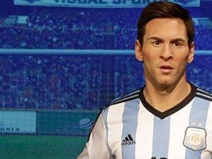 Messi için bir heykel daha