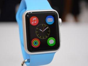 Apple Watch'a Türkçe dil desteği geldi.