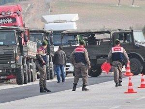 Reuters haberini yaptı: MİT TIR'larında Suriye'ye silah taşındı