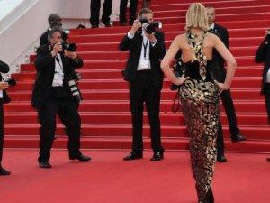Cannes'da yüksek özür