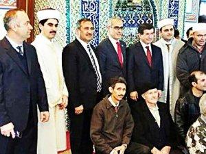 Diyanet'ten propaganda fetvası: Camide doğru değil
