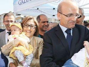 80 aileye ücretsiz tüp bebek desteği