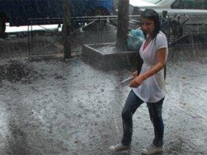 Bu illerde yaşayanlar dikkat: Sağanak yağış geliyor!