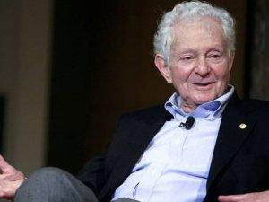 Leon Lederman, Nobel ödülünü sattı