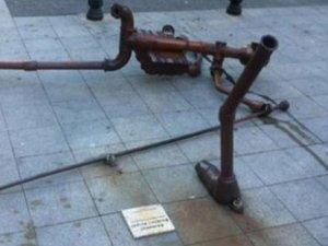 Berkin Elvan heykeline saldırı