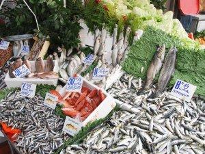 Balık fiyatları uçtu gitti!