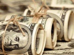 Dolar 2,70'i gördü, Euro 3 lirayı aştı