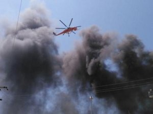Silivri'de dev fabrikada yangın çıktı