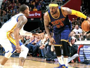 NBA Playoff Finali: Golden State Warriors 108-100 Cleveland Cavaliers