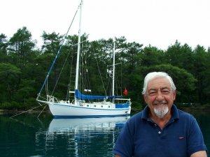 Ünlü denizci Sadun Boro hayatını kaybetti