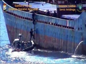 İtalya'da gözaltına alınan Türk mürettebatın isimlerine Deniz Haber Ajansı ulaştı