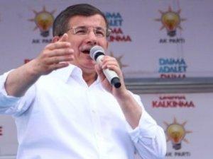 Balkon konuşmasını Ahmet Davutoğlu yapacak