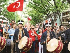 Mehterle Türk Japon yürüyüşü