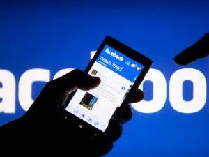 Facebook'ta oy verme butonunu 1 milyon kişi kullandı