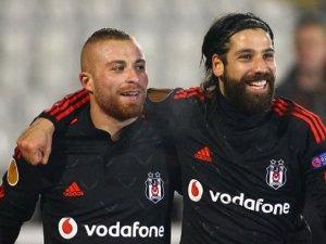 Olcay Şahan ve Gökhan Töre West Ham United'a transfer oluyor!