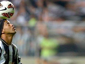 Ronaldinho Antalyaspor'da ses getirecek!