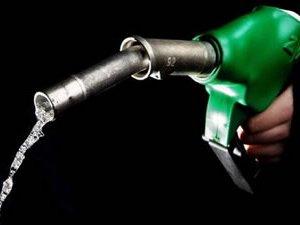 Benzine zam yağmuru