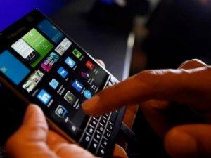 BlackBerry'ler Android'e mi geçiyor?