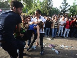Diyarbakır'da ölenlerin sayısı 4'e yükseldi