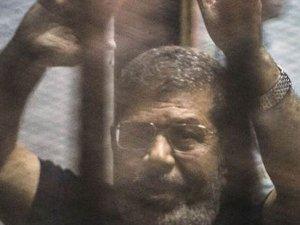 Almanya'dan Mursi kararına tepki