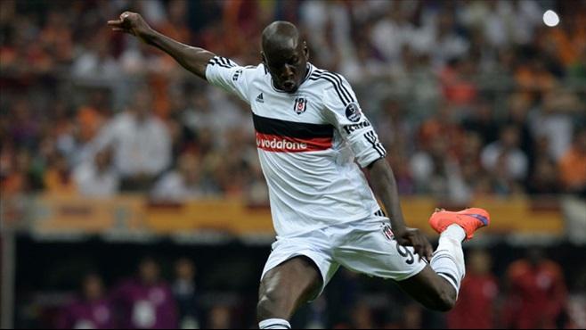 Demba Ba Beşiktaş'ı terk etmedi!