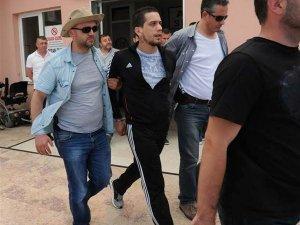 Nuri Ergin'in oğlu havuzda yakalandı