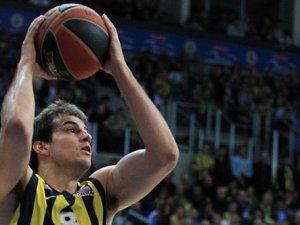 Fenerbahçe'de bir yıldız daha ayrılıyor
