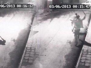 Ali İsmail'in dövüldüğü sokakta görüntüleri sildiren polise beraat