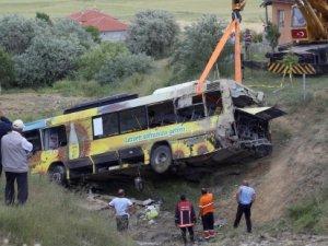 Ankara'da korkunç kaza: 3 kişi öldü