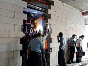 Plaza inşaatında asansör kazası: 1 işçi hayatını kaybetti
