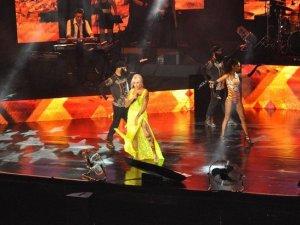 Ajda Pekkan konserinde büyüledi!