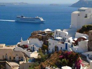 Yunanistan'a gidecek tatilcilere kötü haber: Vergiler artıyor