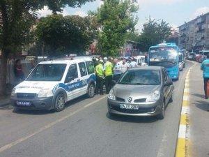 istanbul'da polis minibüs şoförünü vurdu
