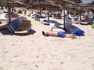 Gün içinde üçüncü terör olayı: Tunus'ta otele saldırı