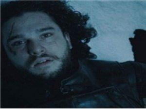 Jon Snow için türkü yaktılar!