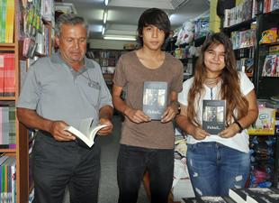 """Anamurlu Genç Yazar Eda Polat'ın """"Fakat"""" adlı romanı çıktı"""