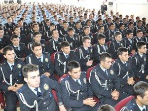 386 öğrenci 3 dakkalık mülakatla elendi!