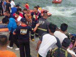 Filipinler'de Feribot Kazası: 33 Ölü!