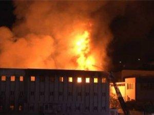 Yağ Fabrikası'nda yangın çıktı: 2 Yaralı
