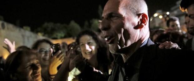 Varufakis'den mevduat kesintisi iddialarına yanıtı