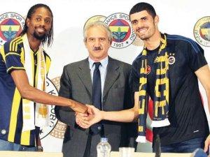 Fabiano Ribeiro ve Ba imzaladı, De Souza gecikti