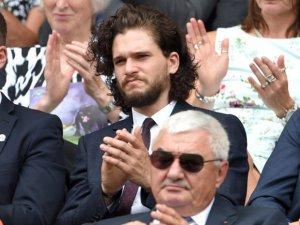 Jon Snow ölmedi mi?