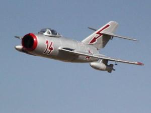Elektrikli uçak Manş'ı geçti
