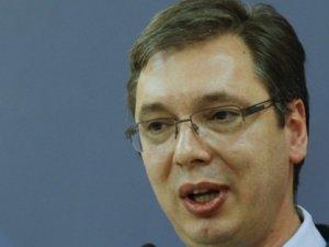 Sırbistan Başkanı'na saldırı