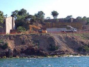 Yassıada ve Sivriada'da itirazlara rağmen inşaat başladı
