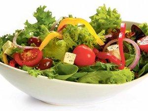 Salatalık ve yoğurt tokluk hissi veriyor