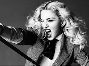 Madonna ergen kızının izinde!