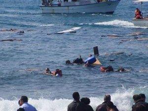 Ege'de göçmenlerin teknesi battı: 6 ölü